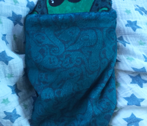 Cthulhu Snuggle Pillow with reversible slipcover