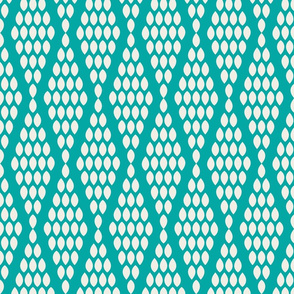 farmhouse_beaded_triangle_aquamarine