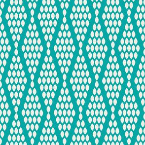 farmhouse_beaded_triangle_aquamarine