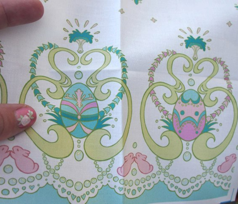 Rococo Painted Egg Border