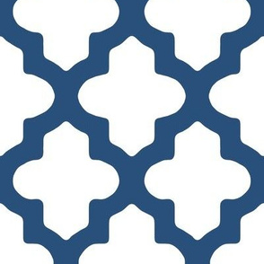 Moroccan Quatrefoil in Navy Blue