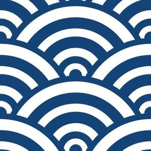 seighaiha solid in kyanite
