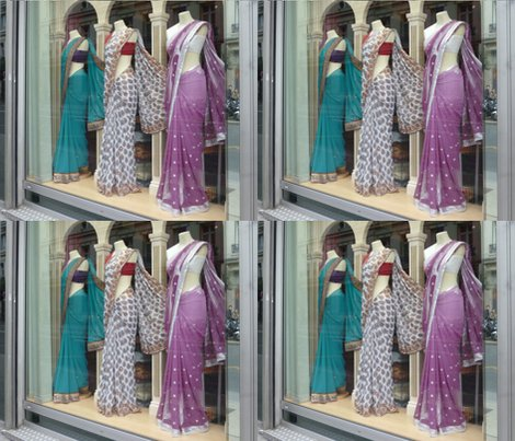 R3_saris_in_window_fq_shop_preview