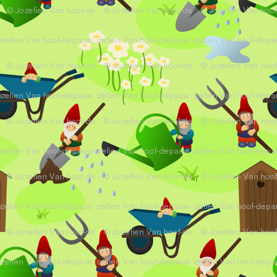 gnomes and their tools