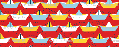 sailing_paper_boat_rouge_M