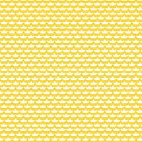 paper_boat_blanc_bord_jaune_S
