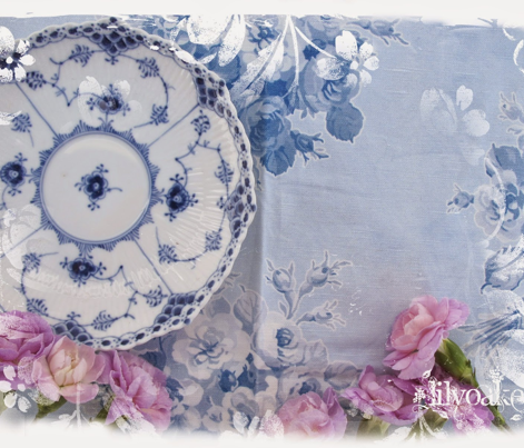 Rjane_s_rose_bouquet_blueberry_blue_comment_528767_preview