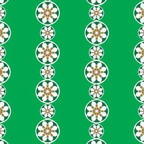 Daisy_Chain___-green1a