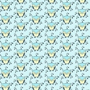 Lullaby Singing Owl in blue