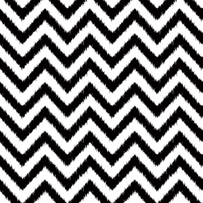 blak and white chevron ikat