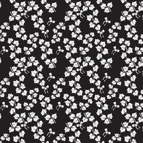 Contrast ivy pattern