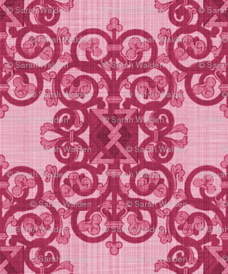 Celtic Knot ~ Berry Linen