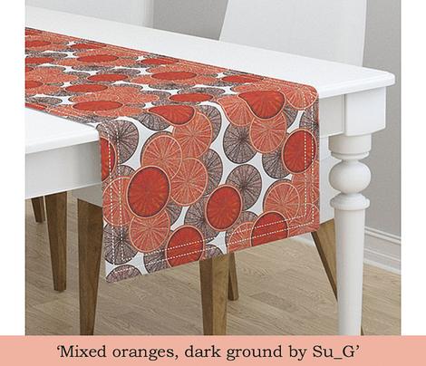Mixed oranges, dark ground by Su_G
