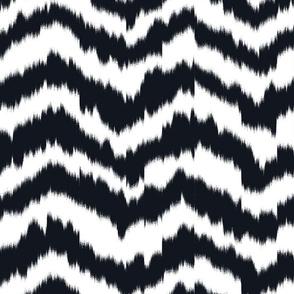 zig_zag_Mountain_stripe_Black_and_White