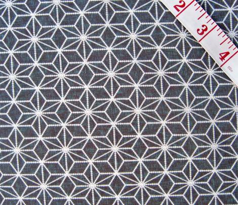 Hemp leaf geometric pattern pearls on mid-gray by Su_G