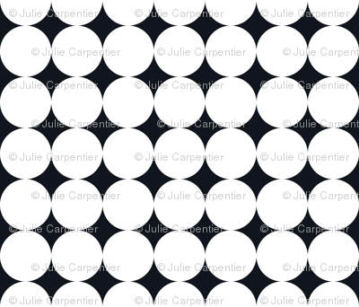 Polka Dot - White on Black XXL