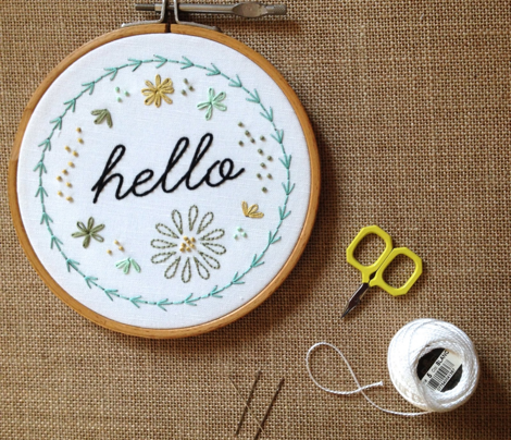 Rhello_embroidery_gray_comment_556693_preview