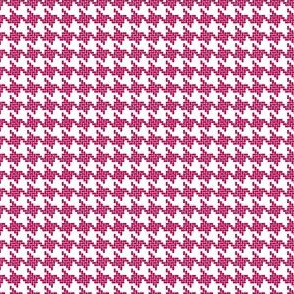 Houndstooth in Pink and White