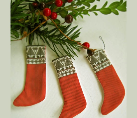 Christmas_Stocking_Pattern7finaldkblkredbottom
