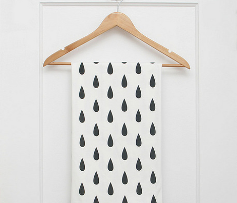 Rain_pattern_vertical_white_background-01_comment_424093_preview