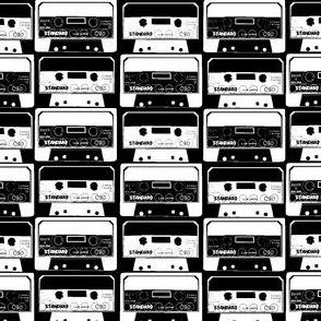 Cassettes black & white