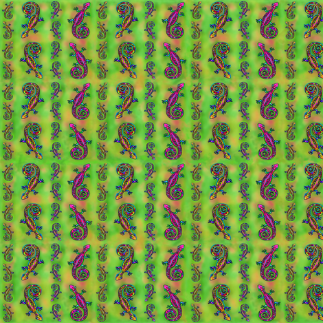 LIZARD GECKO Small on green fabric by paysmage on Spoonflower - custom fabric