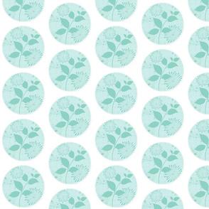 Island Quilt Small WHite/Pinwheel SeaGlass