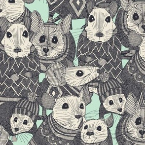 sweater mice mint small