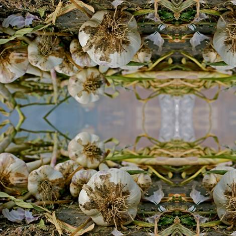 organic garlic fabric by kerisadenison on Spoonflower - custom fabric