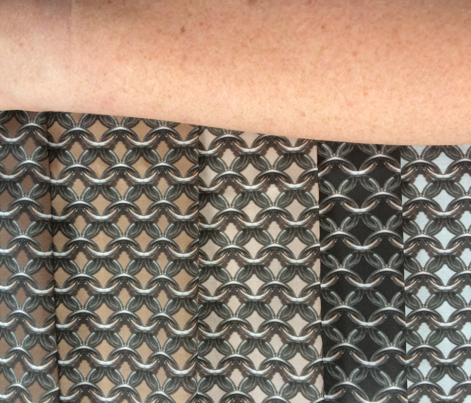 "Chainmaille - (1"") Medium Skin Tone"