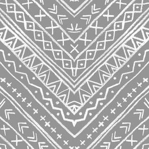 Chalk Tribal Chevron (gray)