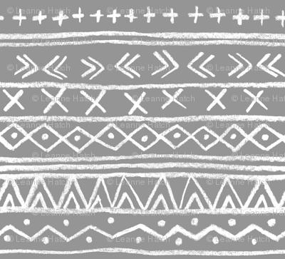 Chalk Tribal Stripe (gray)