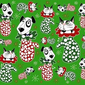 Puppies & Kittens in Mittens red and green