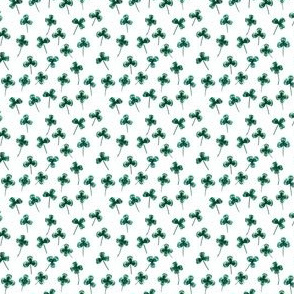 Shamrock Mini Green on White, Close Together