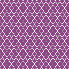 moroccan quatrefoil lattice white on plum