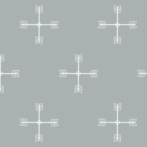 Arrow cross Grey