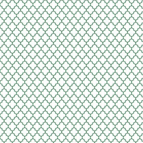 quatrefoil kelly green on white - small