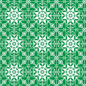 Medieval_lace_-_clover_frost-01