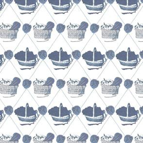 Woolen Knitin' n Kittens diamonds - blue