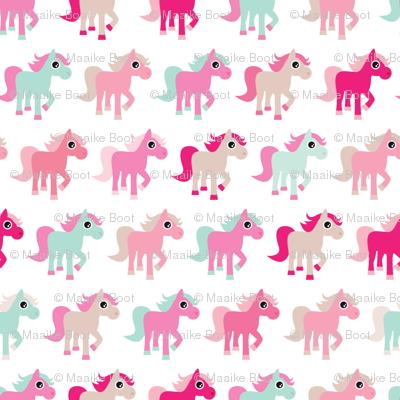 Pink horse girls dream