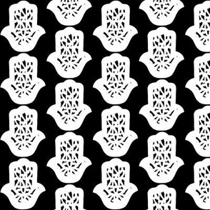 hamsa black-white small