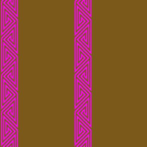 Magenta-Brown Freeman Border