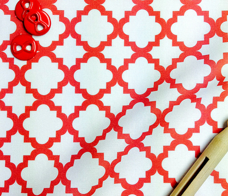 Lattice white on Red - Small