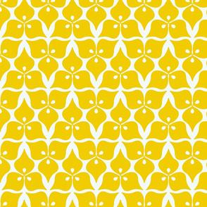 three leaves yellow