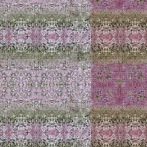 Grunge Lace Pink-1k