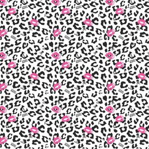 Little Misfits - Leopard Skully - Medium