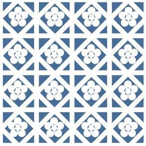 Geometric flowers in blue