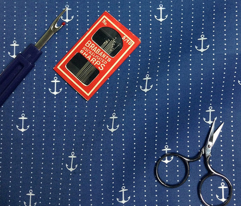 Sailor Anchors White on Navy