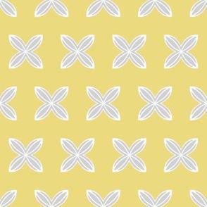 Cuatro Flower in yellow