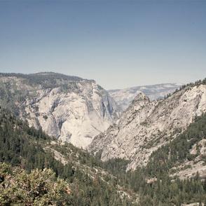 Yosemite Mountains Vista